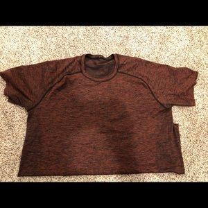 Men's  XXL Lululemon Red/Black T-shirt